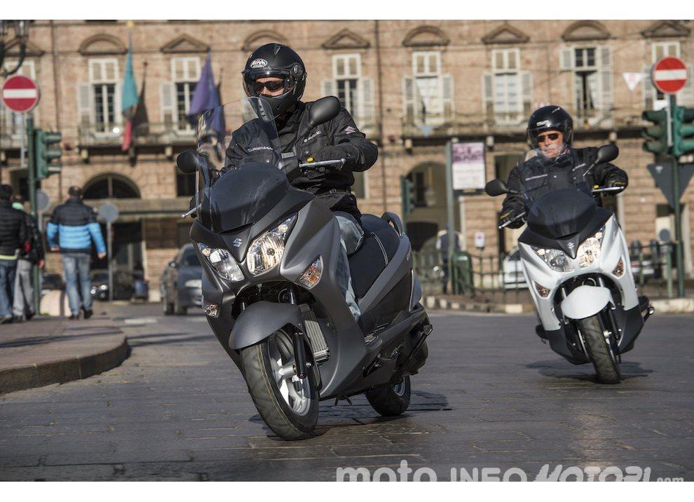 Suzuki: promozioni e sconti sulla gamma moto e scooter 2015 - Foto 13 di 13