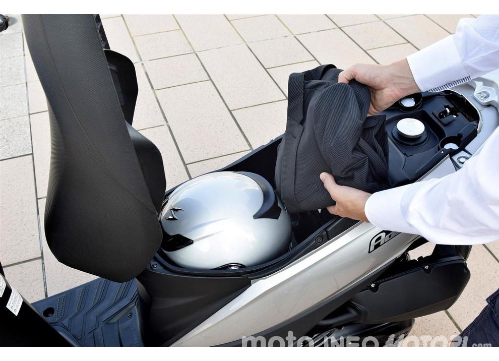 Suzuki, promozioni su moto e scooter fino a fine anno - Foto 3 di 8