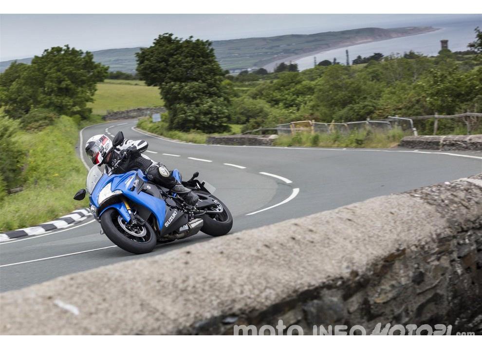 Suzuki, promozioni su moto e scooter fino a fine anno - Foto 8 di 8