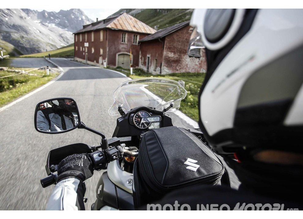 Suzuki V-Strom Tour anche al 39° Motoraduno dello Stelvio International - Foto 2 di 7