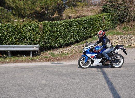Suzuki GSX-R 600: prova su strada della nuova supersportiva di media cilindrata - Foto 13 di 52
