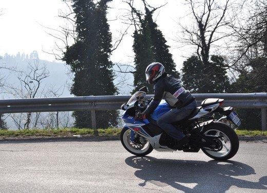 Suzuki GSX-R 600: prova su strada della nuova supersportiva di media cilindrata - Foto 44 di 52