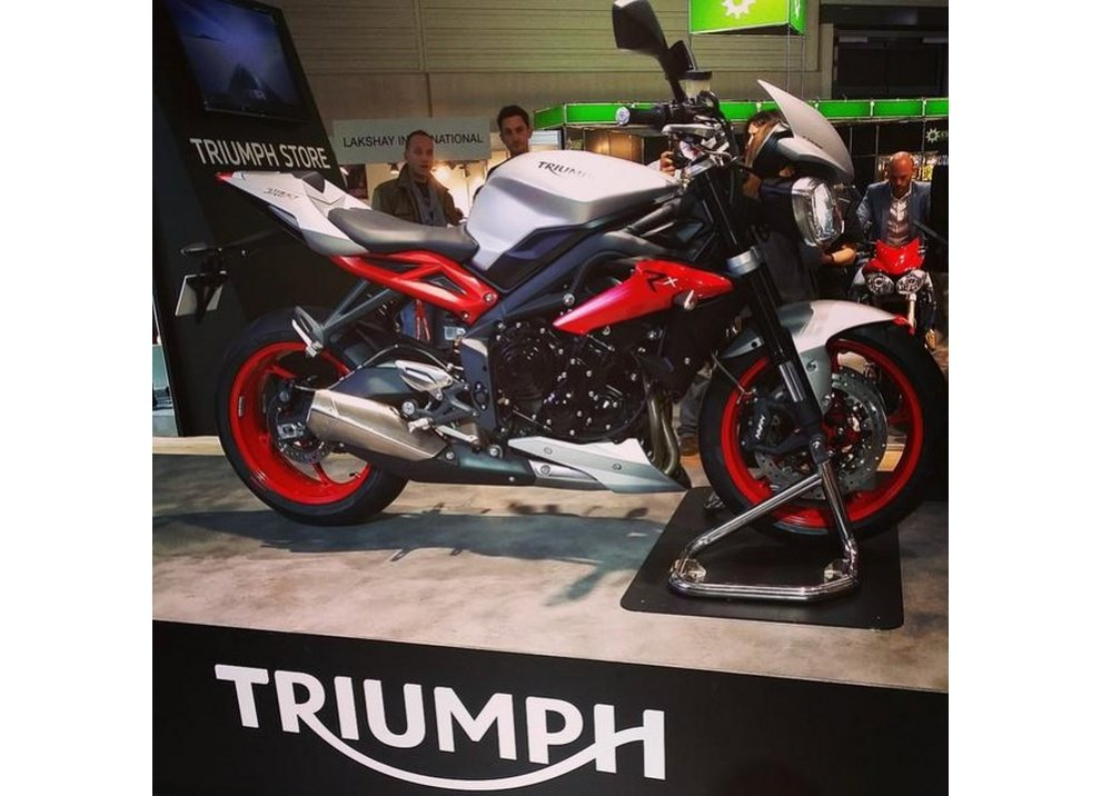 Triumph Street Triple RX 2015 - Foto 6 di 6