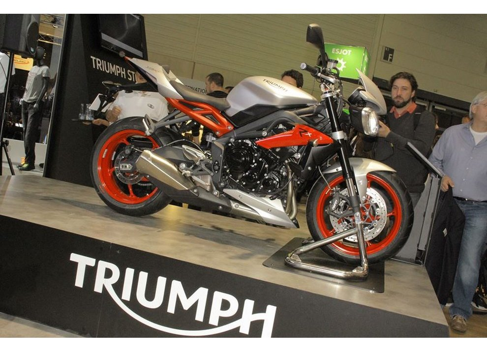 Triumph Street Triple RX 2015 - Foto 1 di 6