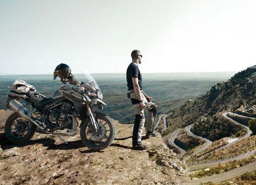 Triumph Tiger, la famiglia adventure bike della casa inglese - Foto 29 di 32