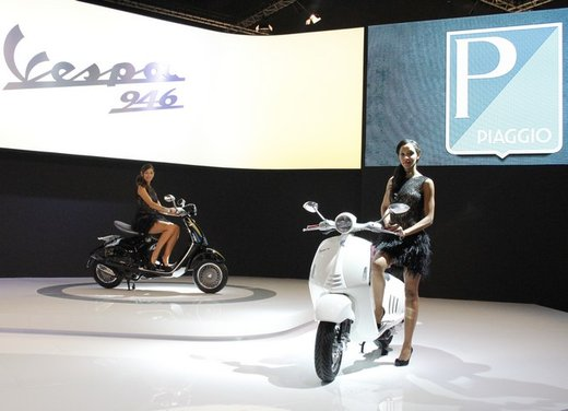 Piaggio Vespa 946: la scooter Piaggio di lusso in vendita nella primavera 2013 - Foto 4 di 32