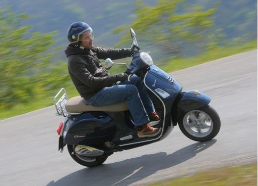 Vespa GTS 300 test ride - Foto 3 di 24