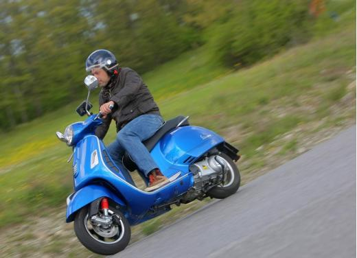 Vespa GTS 300 test ride - Foto 13 di 24