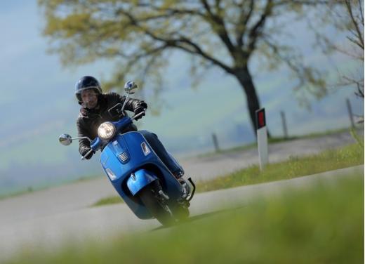 Vespa GTS 300 test ride - Foto 16 di 24