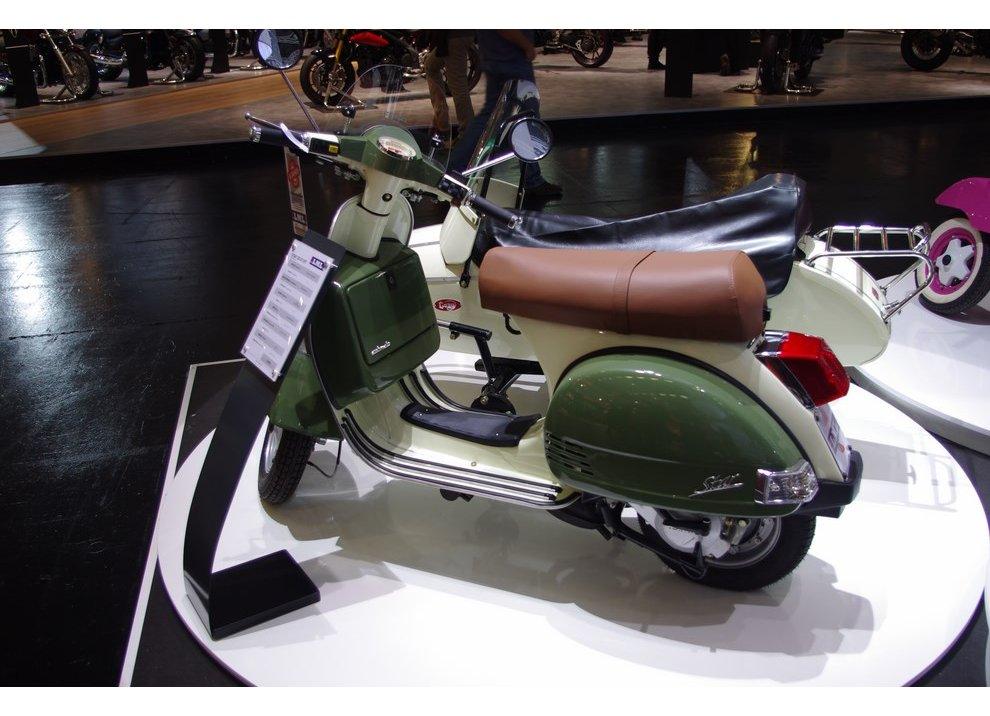 Vespa, tanti scooter simili alla mitica due ruote italiana - Foto 4 di 6
