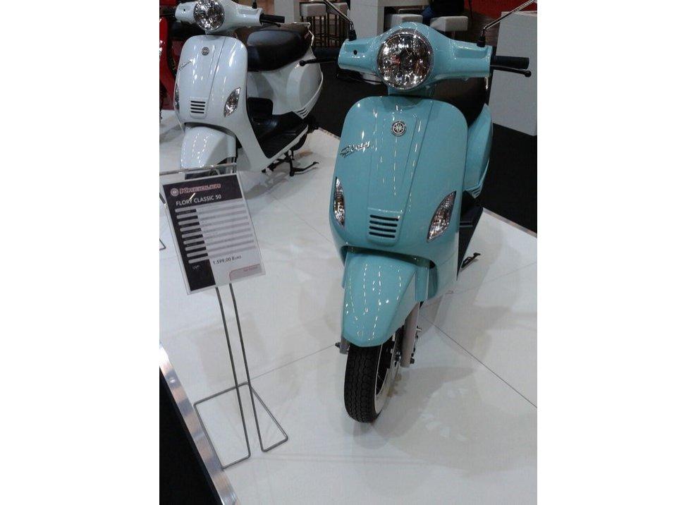 Vespa, tanti scooter simili alla mitica due ruote italiana - Foto 5 di 6
