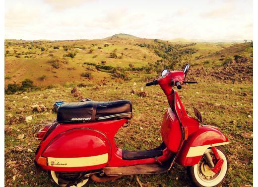 Vespa, una gallery simpatica celebra lo scooter più famoso al mondo - Foto 14 di 33