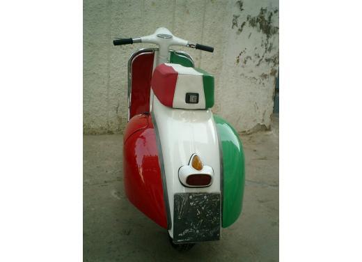 Vespa, una gallery simpatica celebra lo scooter più famoso al mondo - Foto 16 di 33
