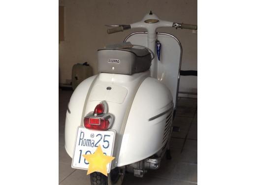 Vespa, una gallery simpatica celebra lo scooter più famoso al mondo - Foto 29 di 33