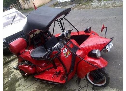 Vespa, una gallery simpatica celebra lo scooter più famoso al mondo - Foto 6 di 33