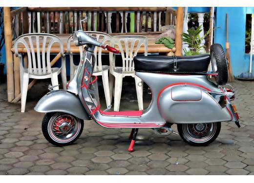 Vespa, una gallery simpatica celebra lo scooter più famoso al mondo - Foto 27 di 33