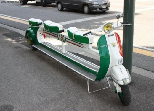 Vespa, una gallery simpatica celebra lo scooter più famoso al mondo - Foto 7 di 33
