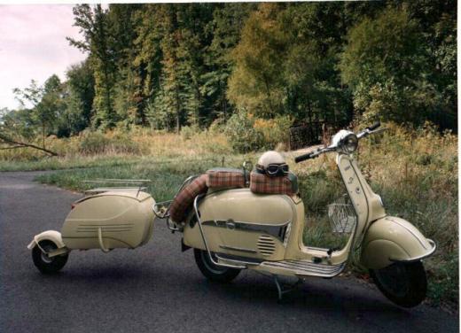 Vespa, una gallery simpatica celebra lo scooter più famoso al mondo - Foto 4 di 33