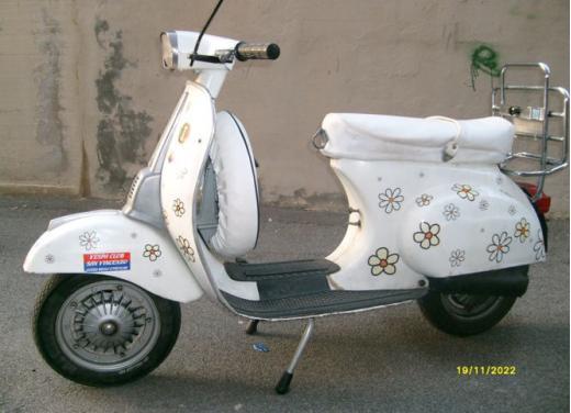 Vespa, una gallery simpatica celebra lo scooter più famoso al mondo - Foto 9 di 33