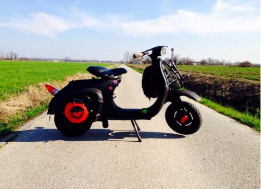 Vespa, una gallery simpatica celebra lo scooter più famoso al mondo - Foto 18 di 33