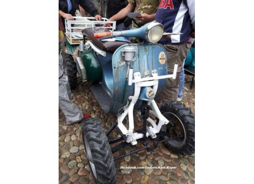 Vespa, una gallery simpatica celebra lo scooter più famoso al mondo - Foto 23 di 33