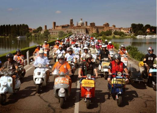 Vespa World Days 2014: a Mantova l'edizione dei record - Foto 1 di 17
