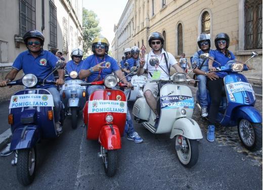 Vespa World Days 2014: a Mantova l'edizione dei record - Foto 5 di 17