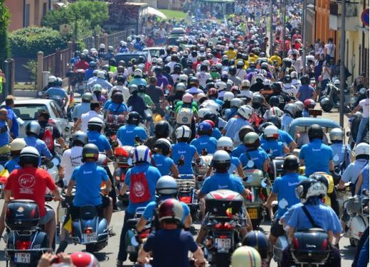 Vespa World Days 2014: a Mantova l'edizione dei record - Foto 15 di 17