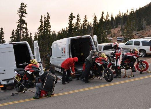 In sella alla Ducati Multistrada S sul percorso della Pikes Peak International Hill Climb - Foto 5 di 23
