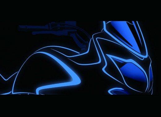 Nuova Suzuki V-Strom 650: teaser della adventure bike - Foto 3 di 5
