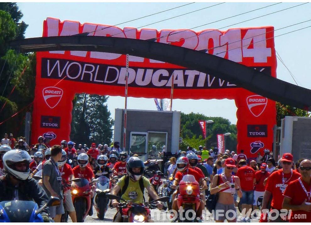 WDW 2016 a Misano per il 90° Ducati: ci sarà anche Casey Stoner - Foto 4 di 14