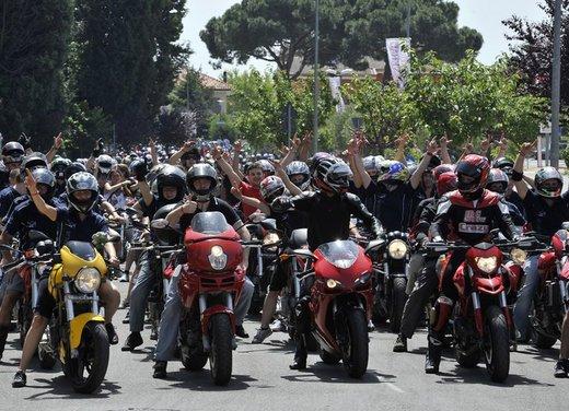 World Ducati Week 2012: Ducati Diavel Carbon in palio - Foto 12 di 14