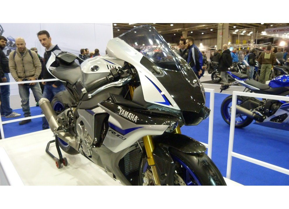 Yamaha al Motor Bike Expo di Verona 2015 con R1 e R1M