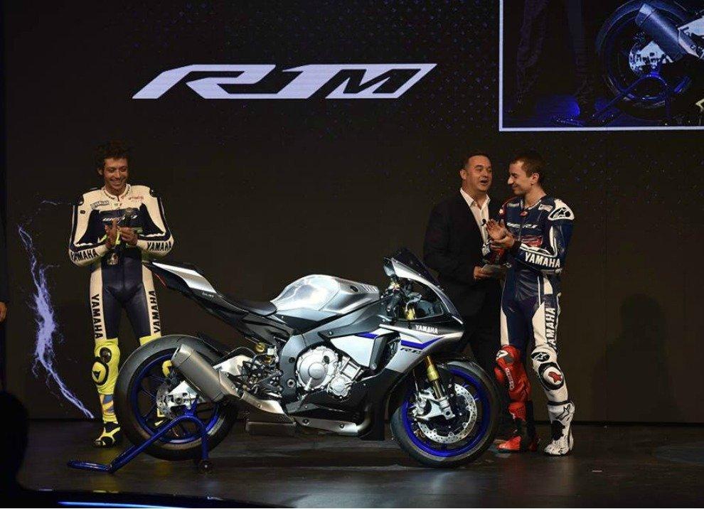 Yamaha annuncia i prezzi delle supersportive YZF-R1 ed YZF-R1M - Foto 4 di 5