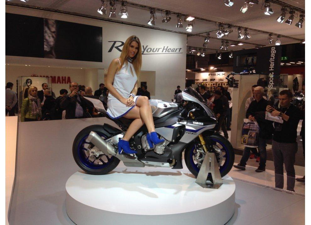Yamaha annuncia i prezzi delle supersportive YZF-R1 ed YZF-R1M - Foto 5 di 5