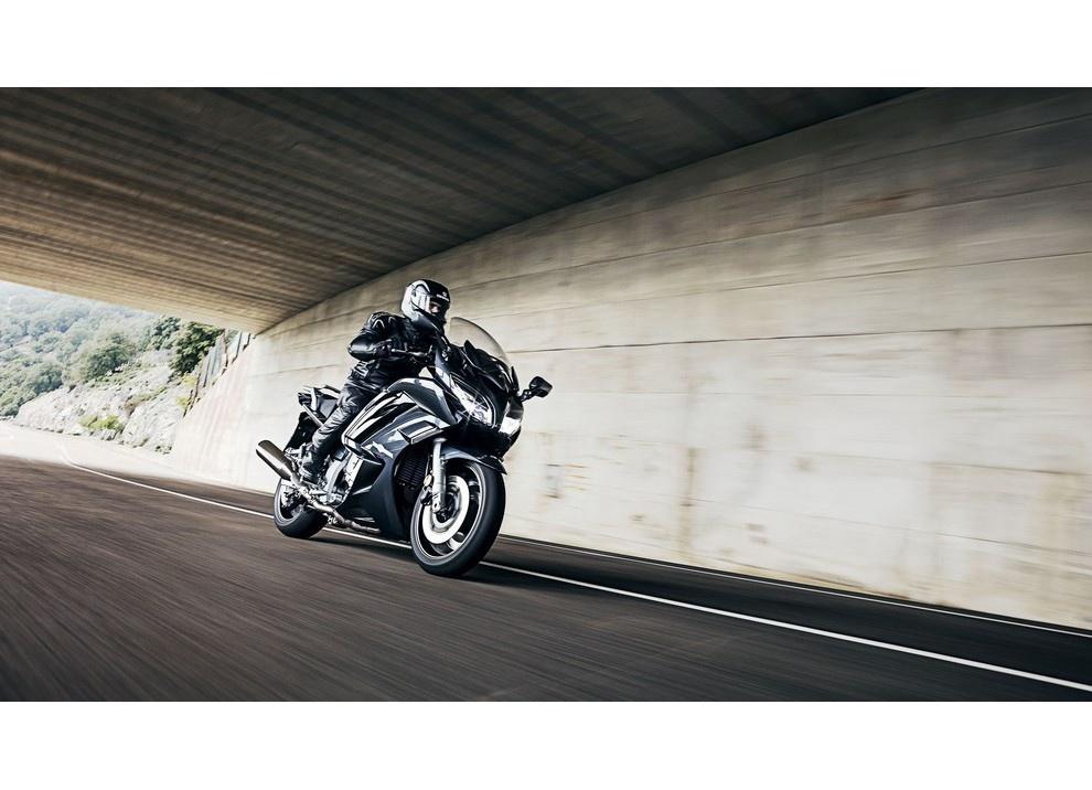 Yamaha FJR 1300 A/AE/AS 2016: il turismo al next level - Foto 29 di 50