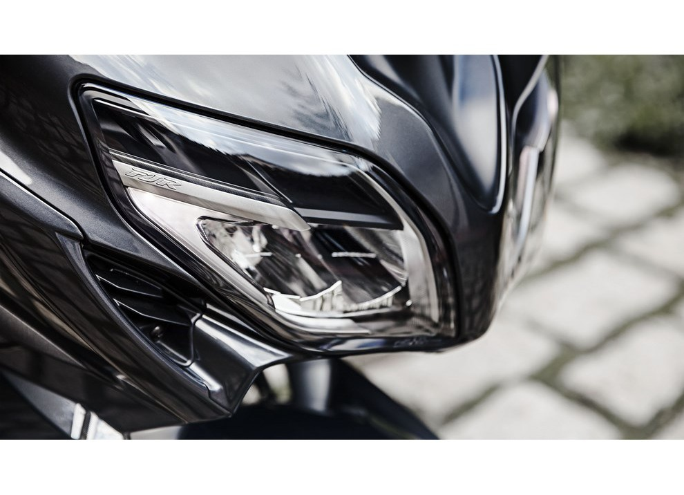 Yamaha FJR 1300 A/AE/AS 2016: il turismo al next level - Foto 13 di 50