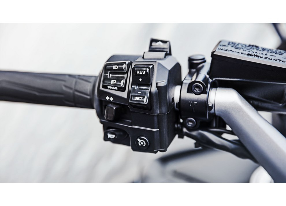 Yamaha FJR 1300 A/AE/AS 2016: il turismo al next level - Foto 17 di 50