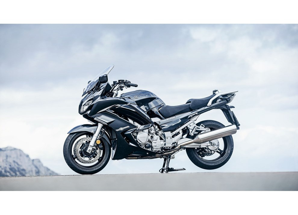 Yamaha FJR 1300 A/AE/AS 2016: il turismo al next level - Foto 23 di 50