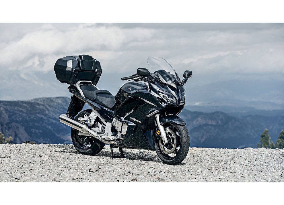 Yamaha FJR 1300 A/AE/AS 2016: il turismo al next level - Foto 25 di 50
