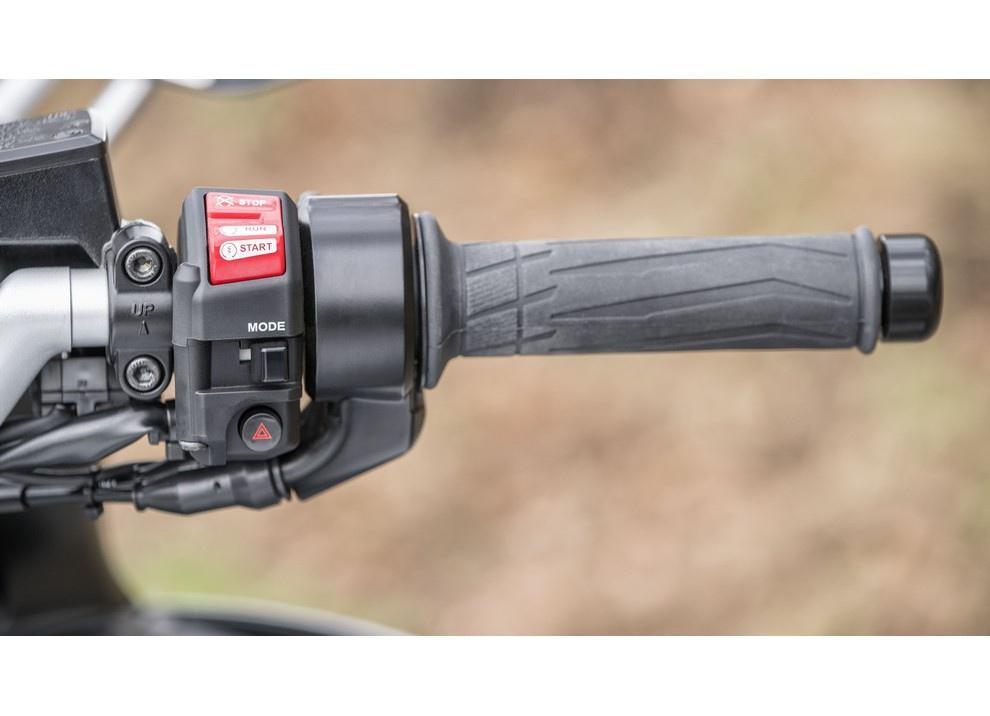 Yamaha FJR 1300 A/AE/AS 2016: il turismo al next level - Foto 40 di 50