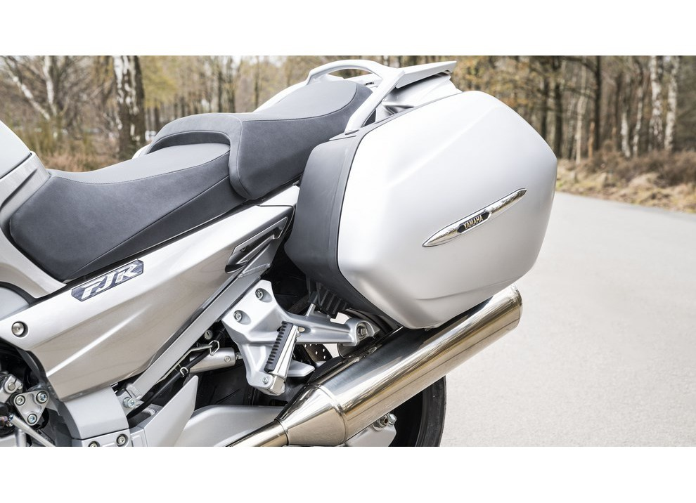 Yamaha FJR 1300 A/AE/AS 2016: il turismo al next level - Foto 42 di 50