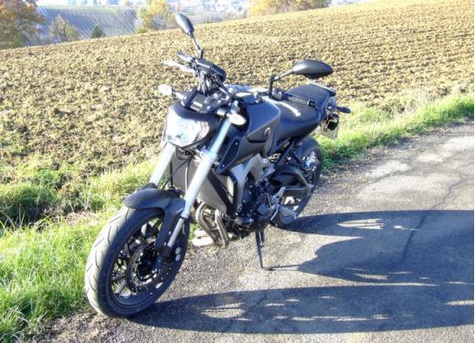 Yamaha MT-09 prova su strada - Foto 15 di 52