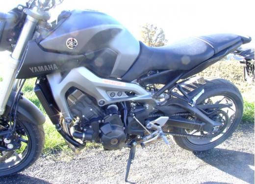 Yamaha MT-09 prova su strada - Foto 20 di 52