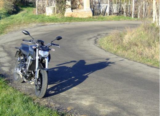 Yamaha MT-09 prova su strada - Foto 34 di 52