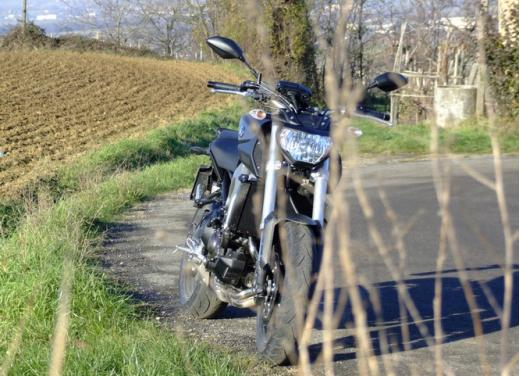 Yamaha MT-09 prova su strada - Foto 37 di 52