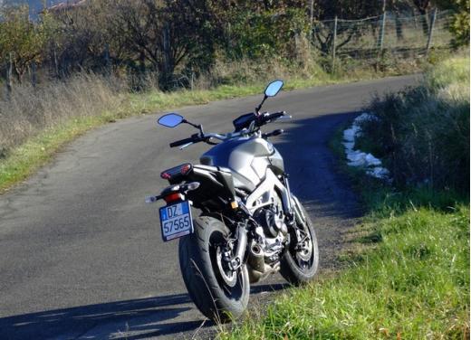 Yamaha MT-09 prova su strada - Foto 42 di 52