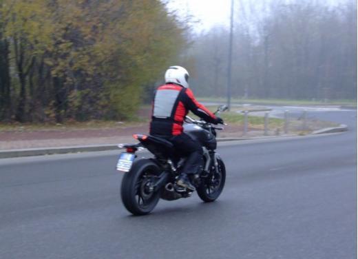 Yamaha MT-09 prova su strada - Foto 13 di 52