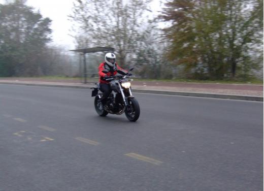 Yamaha MT-09 prova su strada - Foto 2 di 52