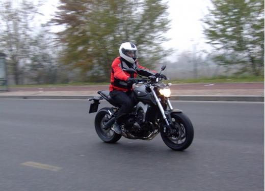 Yamaha MT-09 prova su strada
